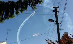 Mieste jau gaudžia lėktuvai