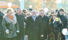 3bb6317f9594 Balsadėžės uždarytos  Lietuva skaičiuoja kandidatų į merus laimes ir ...