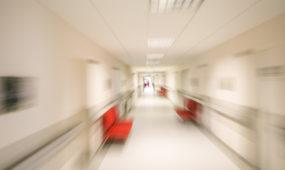 Seimas nepritarė A. Matulo siūlymui priverstinį gydymą dėl psichikos sutrikimų pratęsti iki savaitės