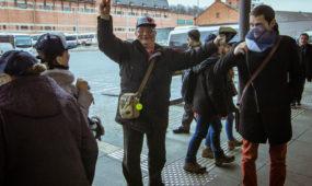 Kauniečiai autobusų stotyje sutinka vilniečius