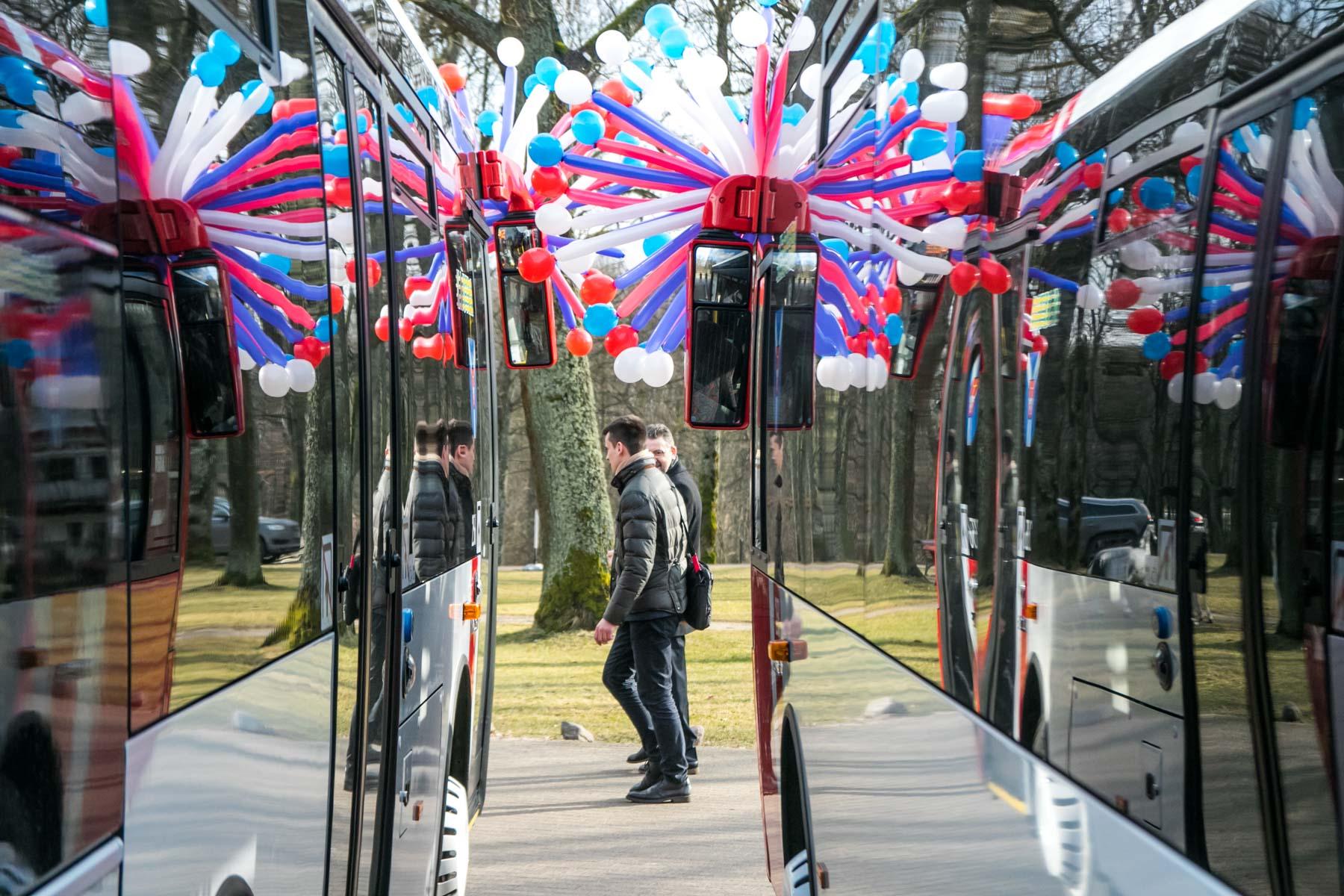 Pristatyti nauji autobusai Kauno rajone