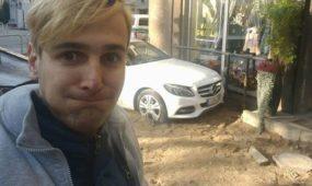 """Prabangaus """"Mercedes Benz"""" vairuotojas sukėlė neeilinę avariją: blaivumo tikrintis nepanoro"""