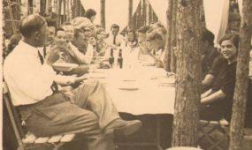 Rygos lietuvių gimnazijos abiturientai Lietuvoje, Kulautuvoje. 1936 m. birželio 26 d.