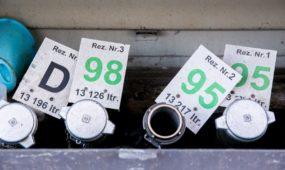 Aukso amžius baigiasi: laukia kitokių degalų kainų
