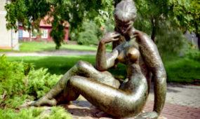 J.Ruzgo skulptūros