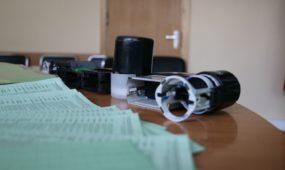 Konfiskuoti padirbti dokumentai ir antspaudai