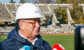 Kauno meras apsilankė rekonstruojamame S. Dariaus ir S. Girėno stadione