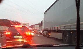 Avarija ant Kleboniškio tilto sukėlė didžiules spūstis