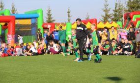 3. Sportas. Energingas futbolo treneris Oleh Fedorchak džiaugiasi rekonstruotu Vilkijos stadionu