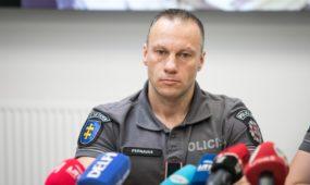 Policijos spaudos konferencija dėl tarptautinės grupuotės