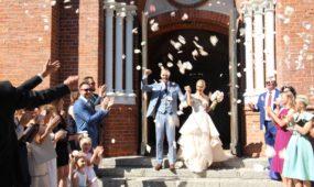 A. Milaknio vestuvės