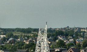 Ant didžiausio kryžiaus Lietuvoje užsiropštė žmogus