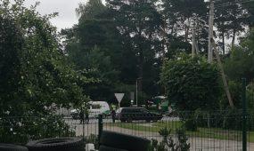 Policija tikrina automobilius Kauno rajone