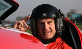 Akrobatinio skraidymo pilotas Mark Jefferies