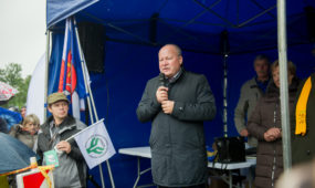 Gyventojų mitingas prie Kauno rajono savivaldybės