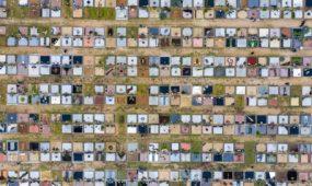 Kauno kapinės per Vėlines