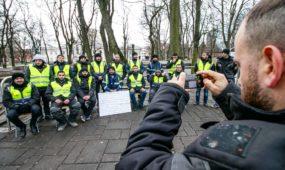 Turkų darbuotojų protestas prie Kauno savivaldybės
