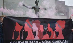 Eitynės už moterų teises Kauno centre