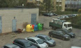 Plaunami konteineriai