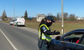 Pirmoji policijos darbo diena uždarytame mieste