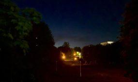 Kovo -osios parkas tamsoje