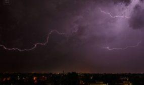 Kauno dangų skrodė žaibai