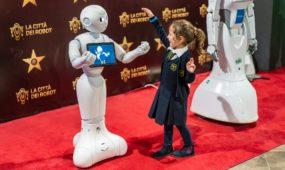 Kaune atidaroma didžiausia robotų paroda