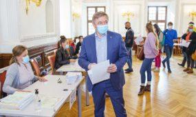 R. Karbauskis ir G. Landsbergis atvyko balsuoti