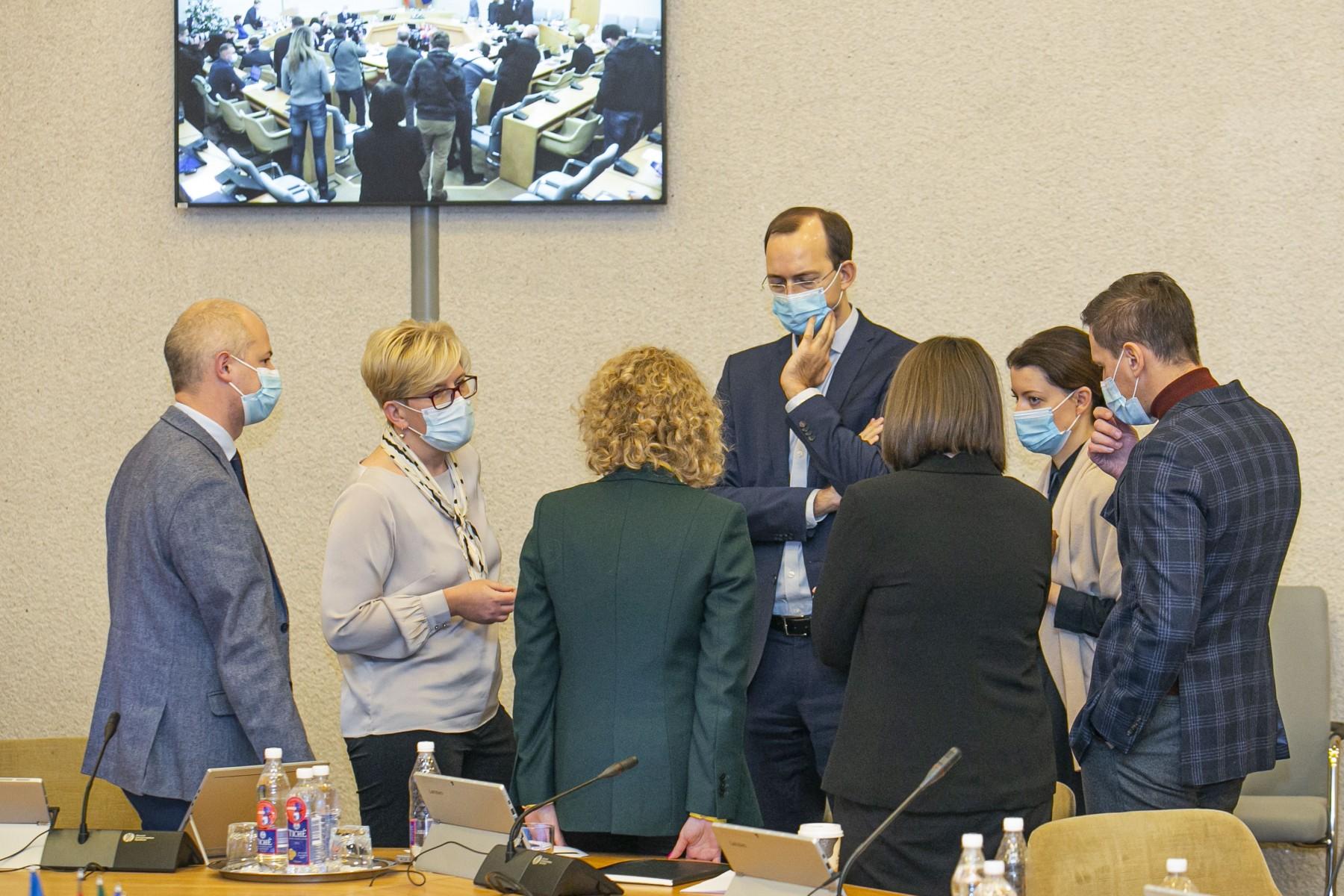 Naujosios Vyriausybės posėdis ir spaudos konferencija dėl karantino  griežtinimo – Kas vyksta Kaune