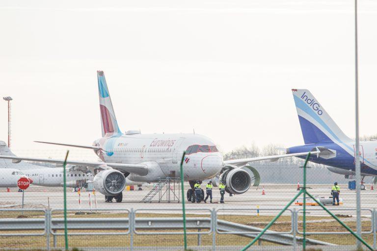 COVID-19 testavimo punktas oro uoste