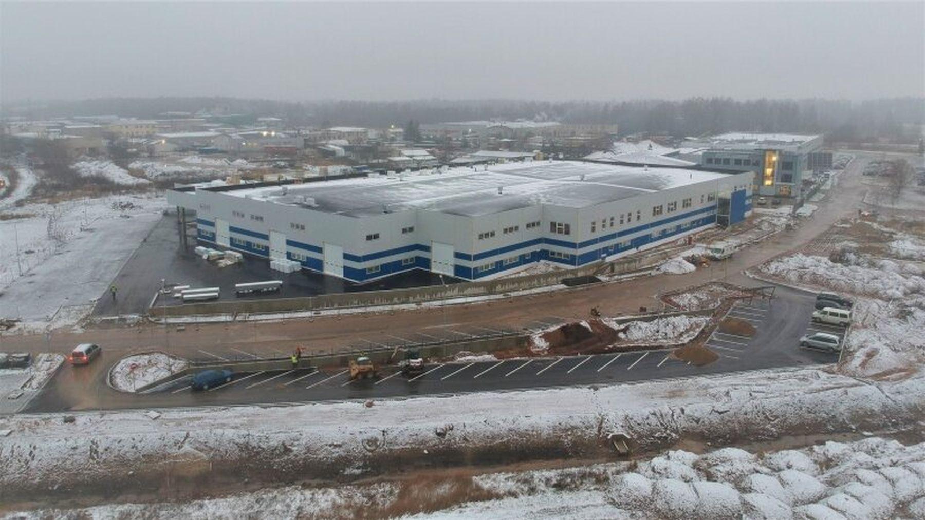 TOP10. Pandemija nesutrukdė: kaip ant mielių kylančios gamyklos žada tūkstančius naujų darbo vietų