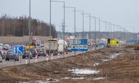 Viaduko statybos A1 kelyje prie Giraitės